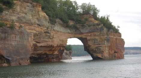 Pictured Rocks Boat Cruises - Munising