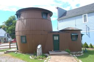 Pickle Barrel House Grand Marais