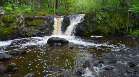Root Beer Falls on Planter Creek, Wakefield