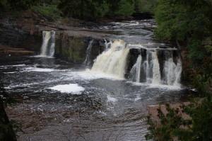 Autumn Manabezho Falls