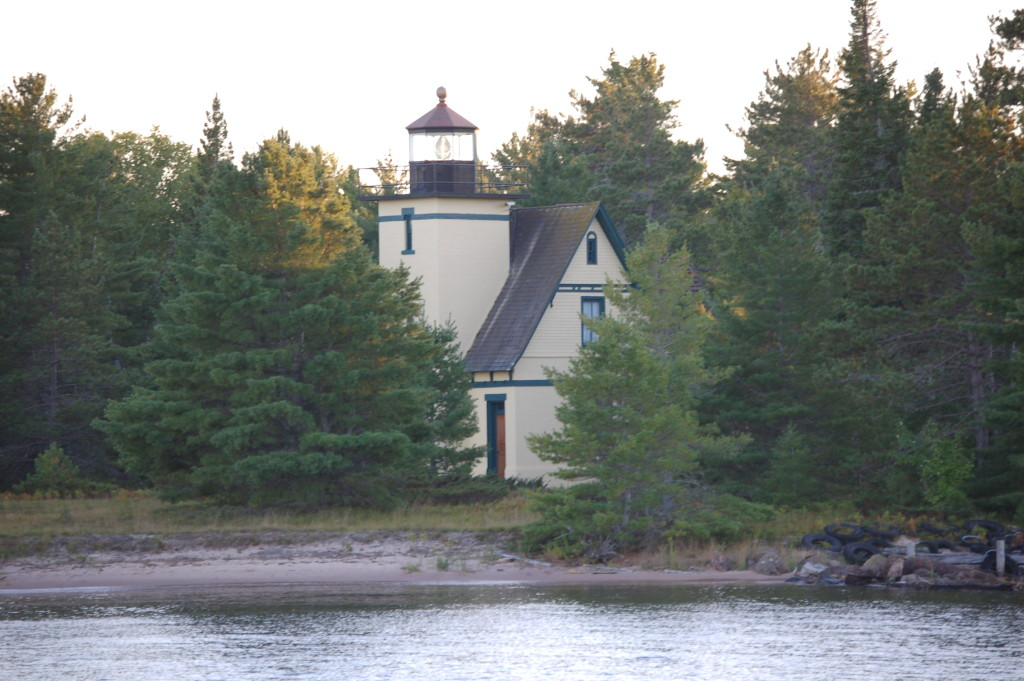Bete Grise (Mendota) Lighthouse - Lac LaBelle