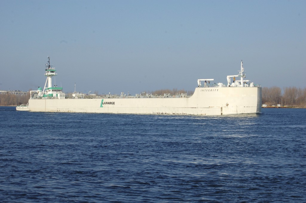 Integrity and G.L. Ostrander (Lafarge North America) downbound at Port Huron