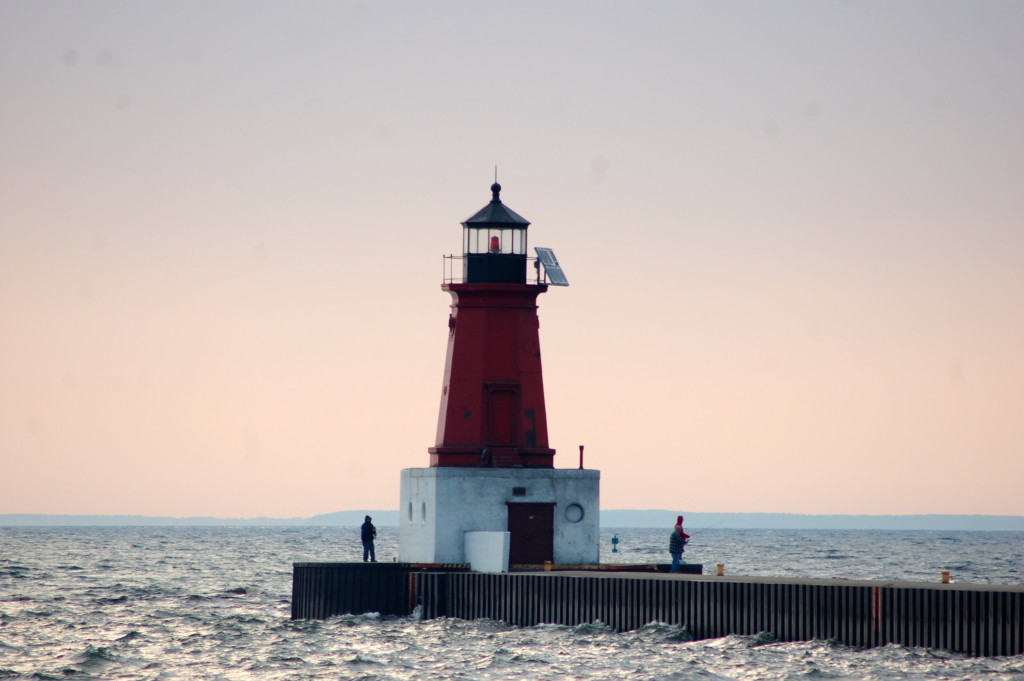 Menominee Pierhead Light, Menominee