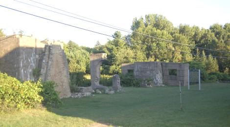 Michigan Roadside Attractions: Ardis Furnace Ruins, Iron Mountain