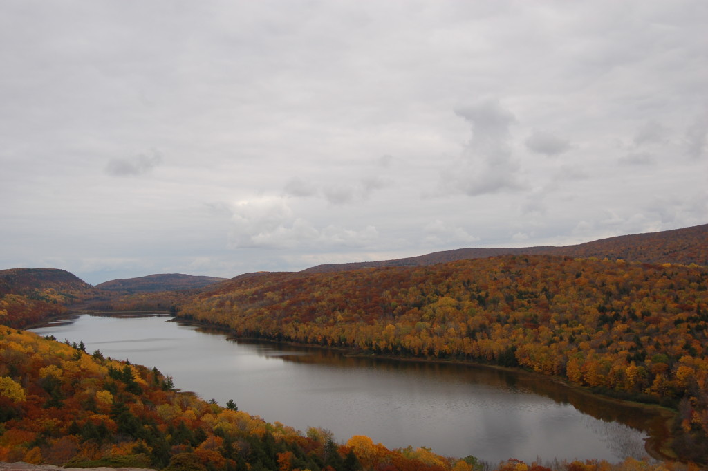 Fall color at Lake of the Clouds