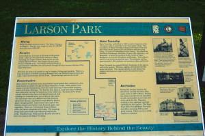 Larson Park Sign