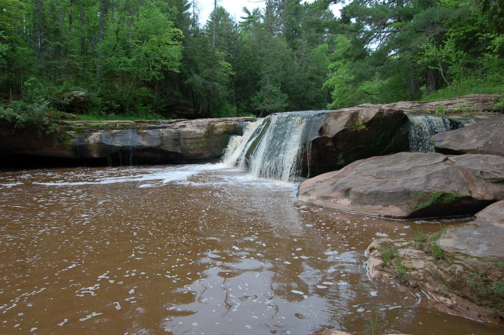 O-kun-de-kun Upper Falls, Ontonagon County