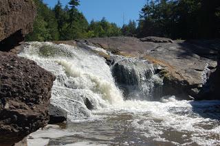 Sandstone Falls, Gogebic County