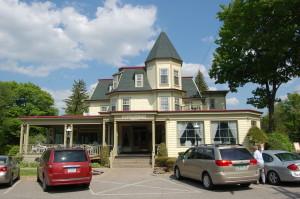 Stafford's Bay View Inn on Little Traverse Bay near Petoskey