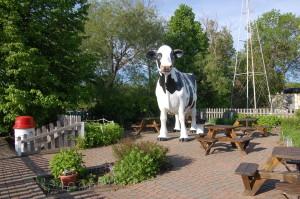 Jilbert Dairy Cow Statue Marquette