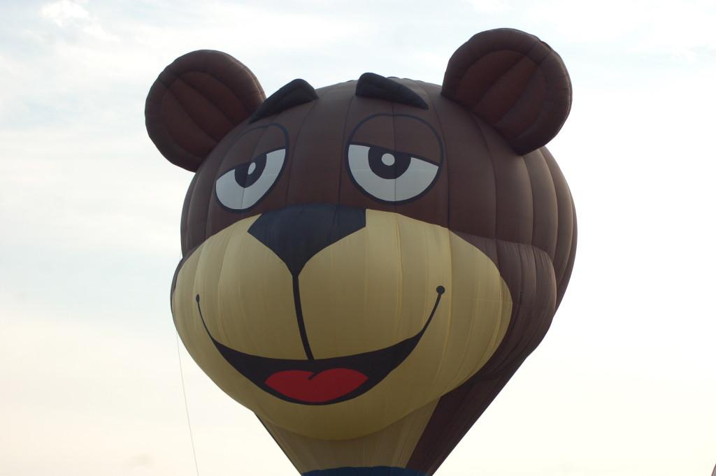 Sugar Bear Balloon Battle Creek