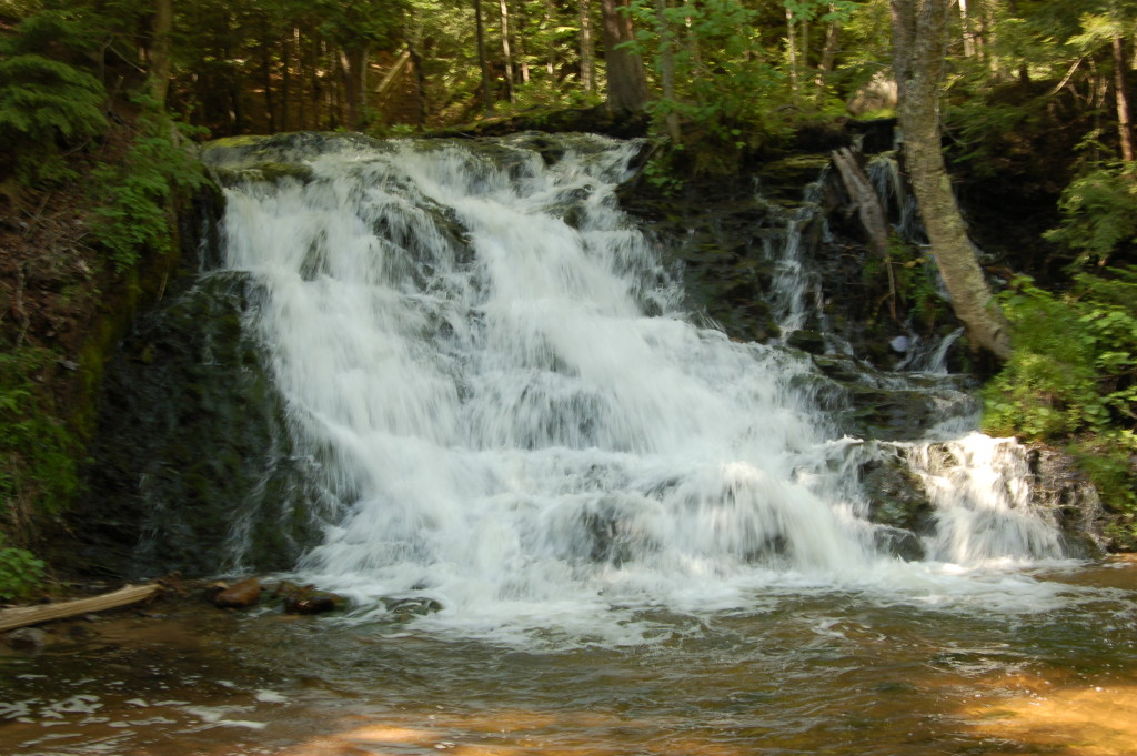 Photo gallery friday waterfalls of marquette county for Morgan falls