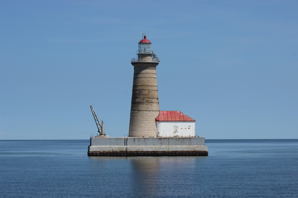 Spectacle Reef Light