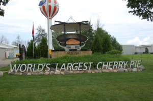 World's Largest Cherry Pie in Charlevoix