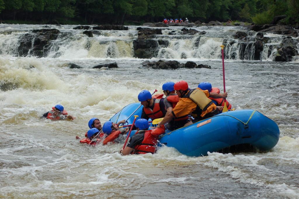 Piers Gorge Waterfall Rafting River