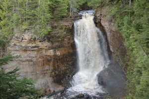 Miners Falls Pictured Rocks Day Hikes