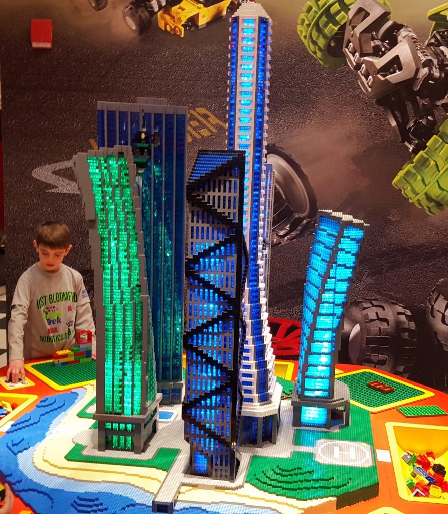 Legoland Michigan Earthquake Tables