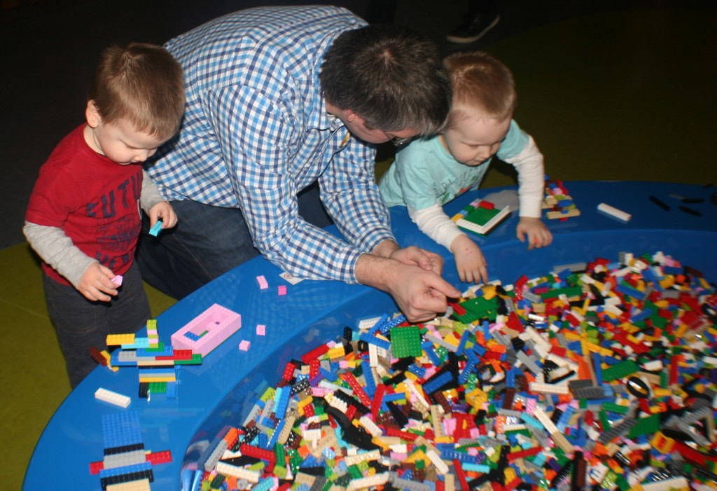 Legoland Michigan Building Stations