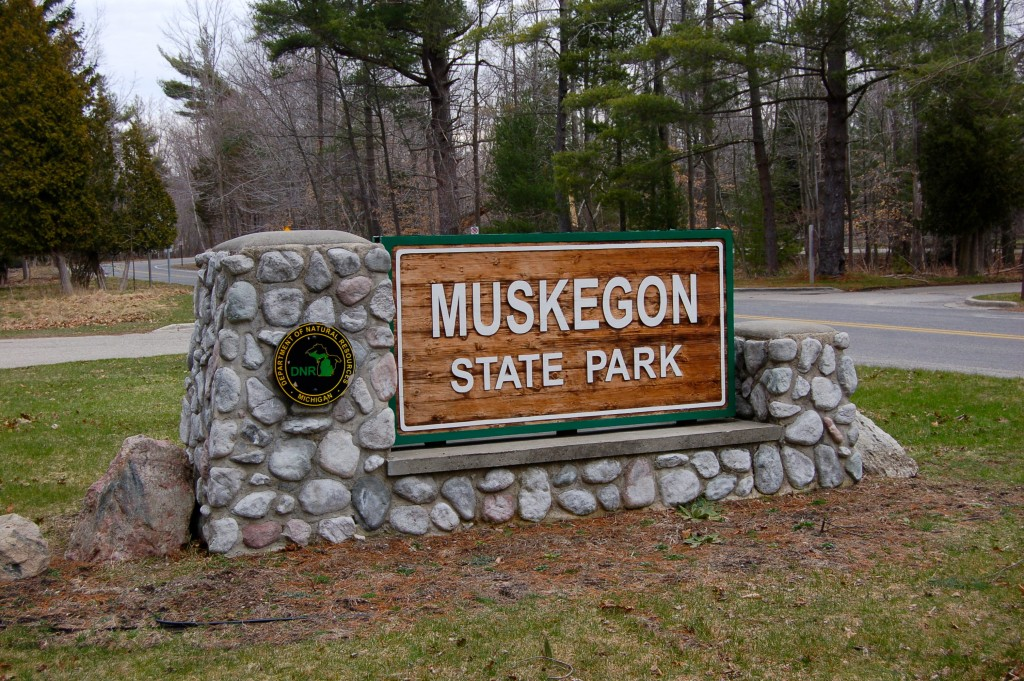 Muskegon State Park DNR Sign