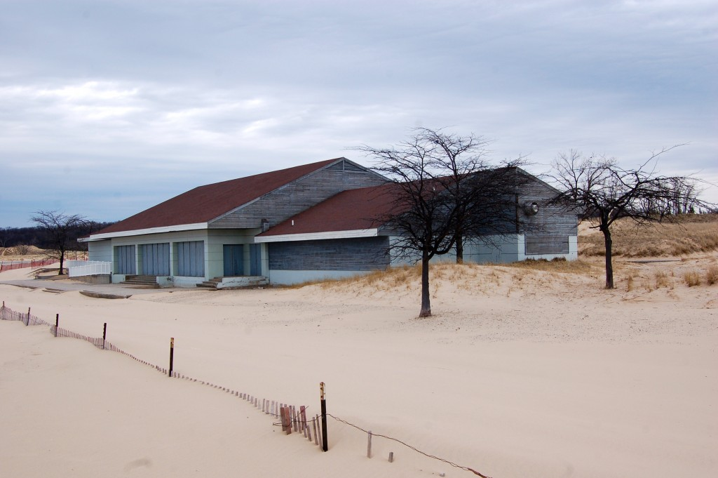 Muskegon State Park Shelter Beach
