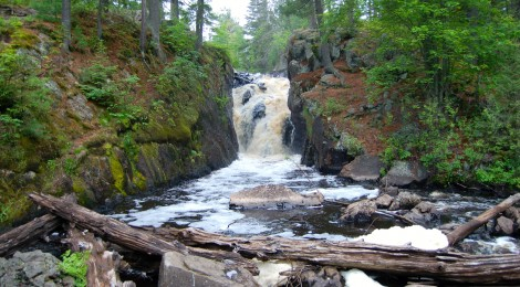 Black River Falls, Ishpeming