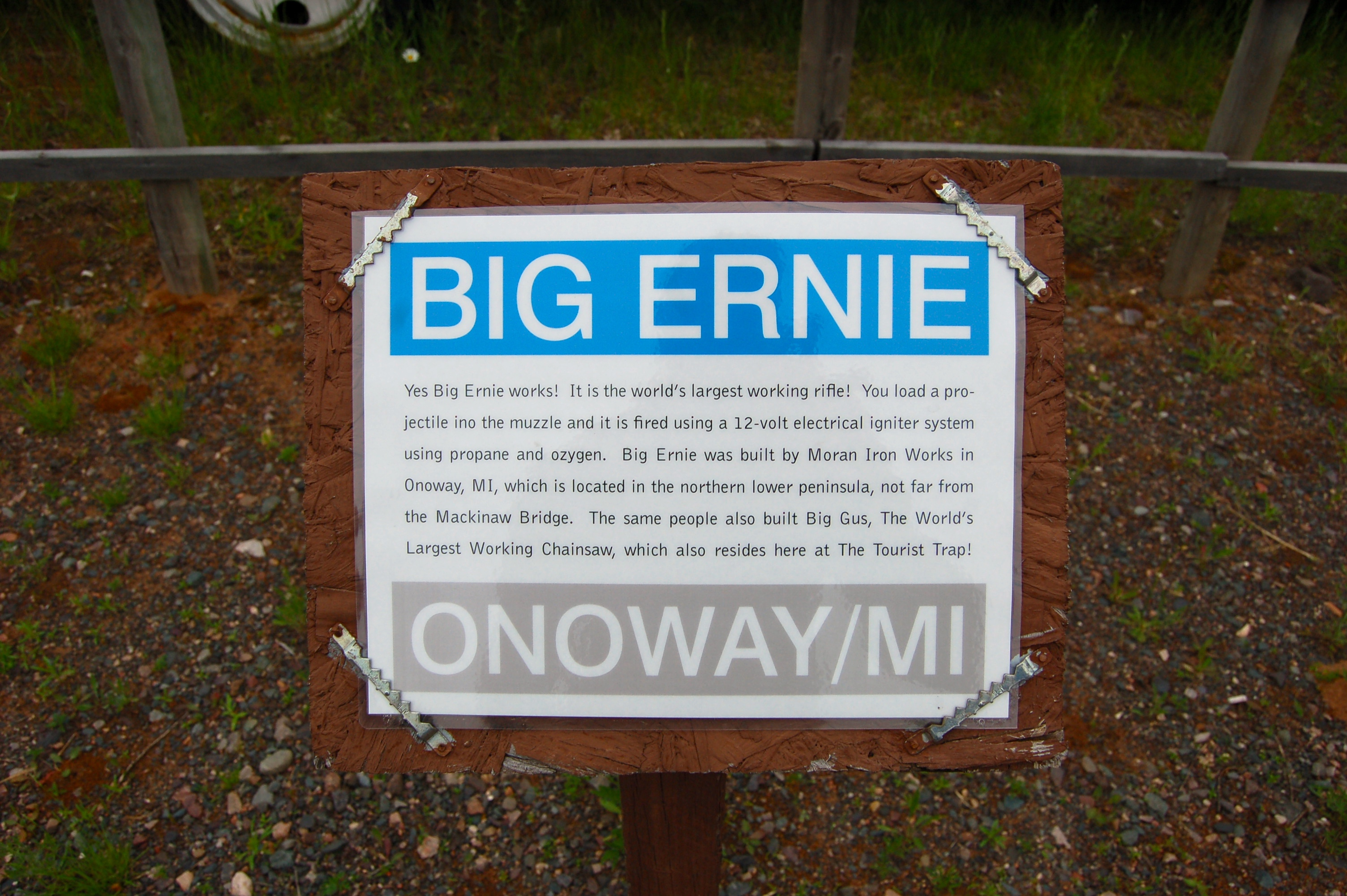 Da Yoopers Big Ernie Sign