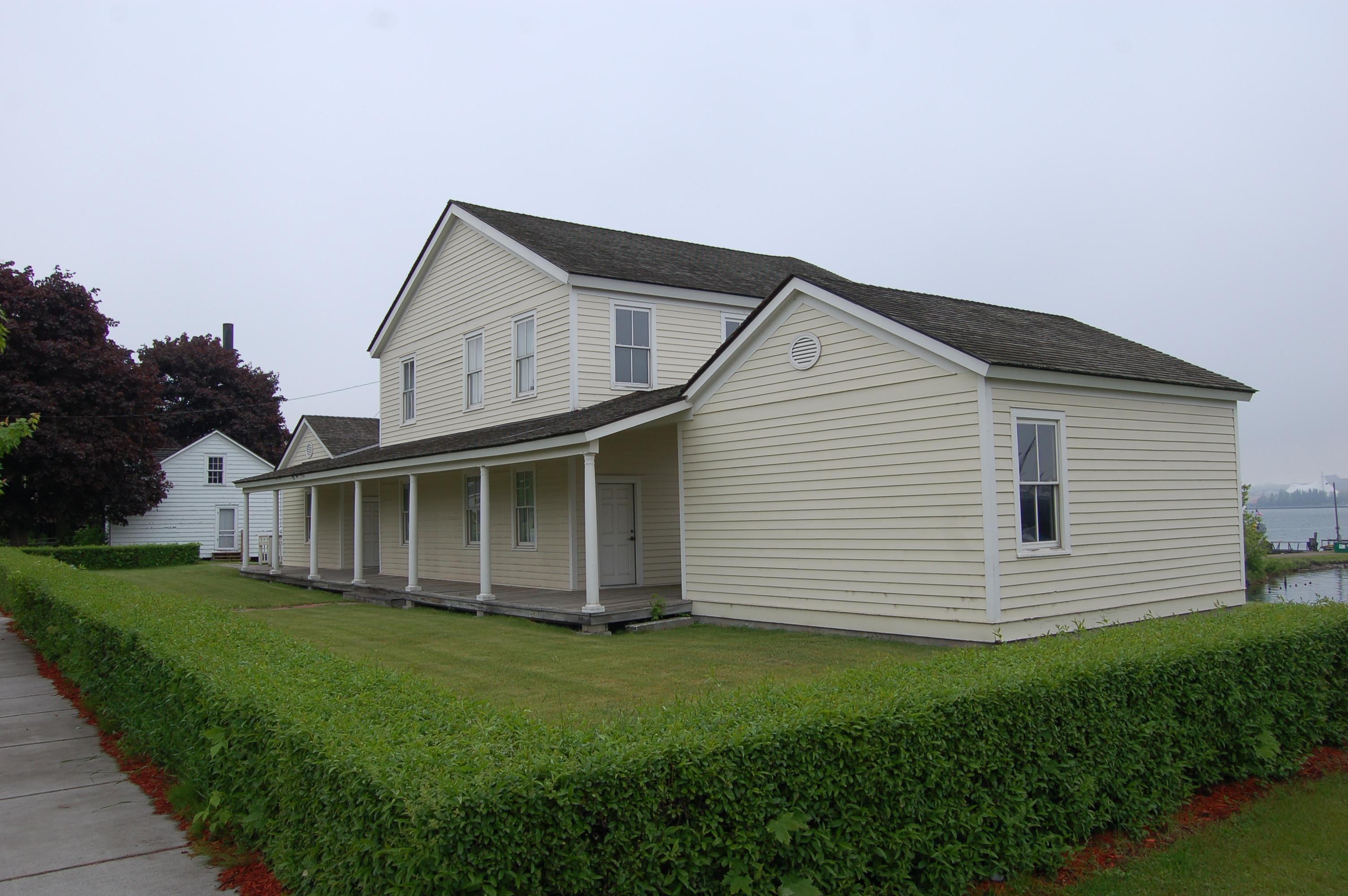 historic water street homes sault ste marie travel the mitten. Black Bedroom Furniture Sets. Home Design Ideas