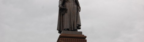 Michigan Roadside Attractions: Jacques Marquette Statue, Marquette