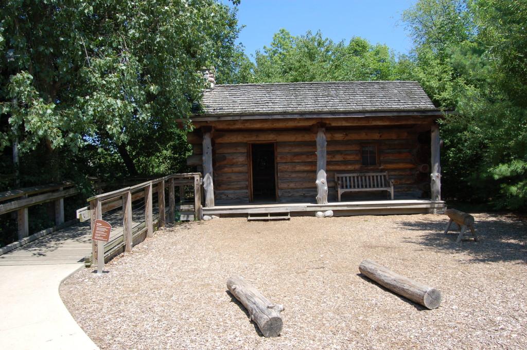 Frederik Meijer Gardens Log Cabin