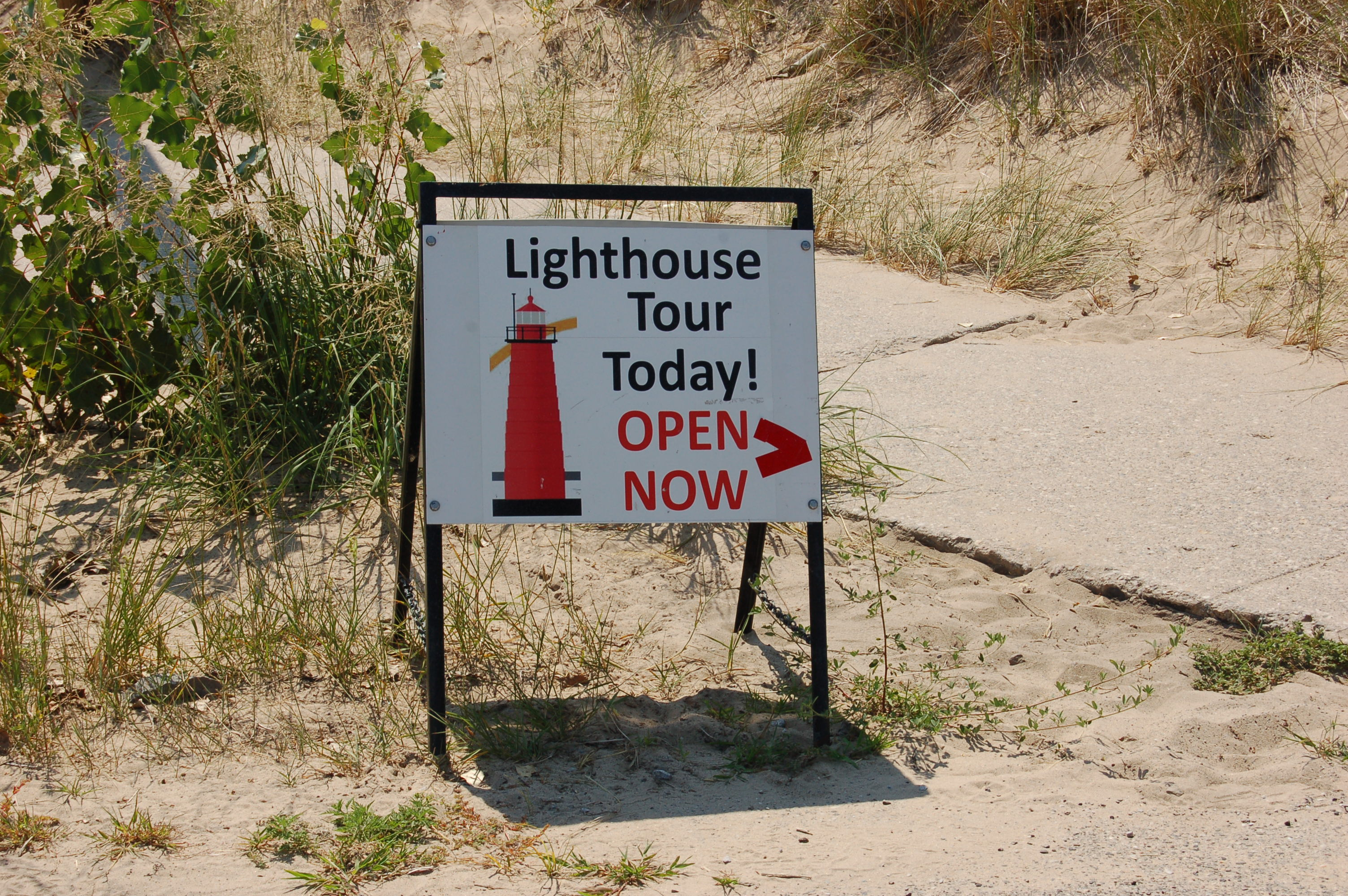 Muskegon Lighthouse Tours Sign