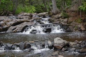 10 Foot Falls Eagle River Right