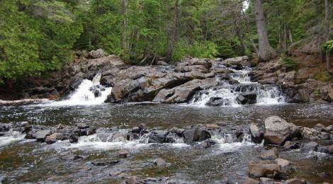 Ten Foot Falls, Eagle River