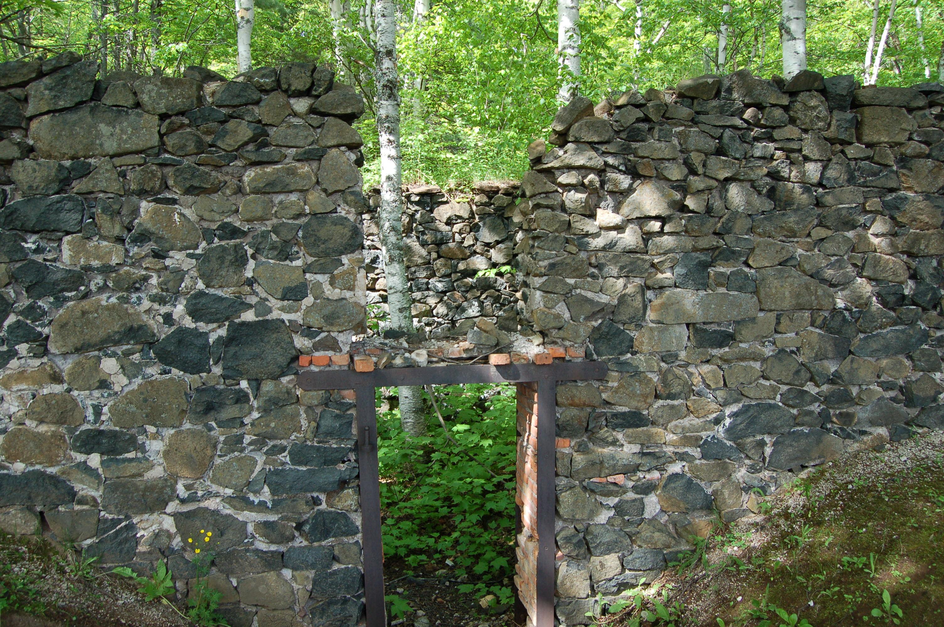 Delaware Mine Ruins 1