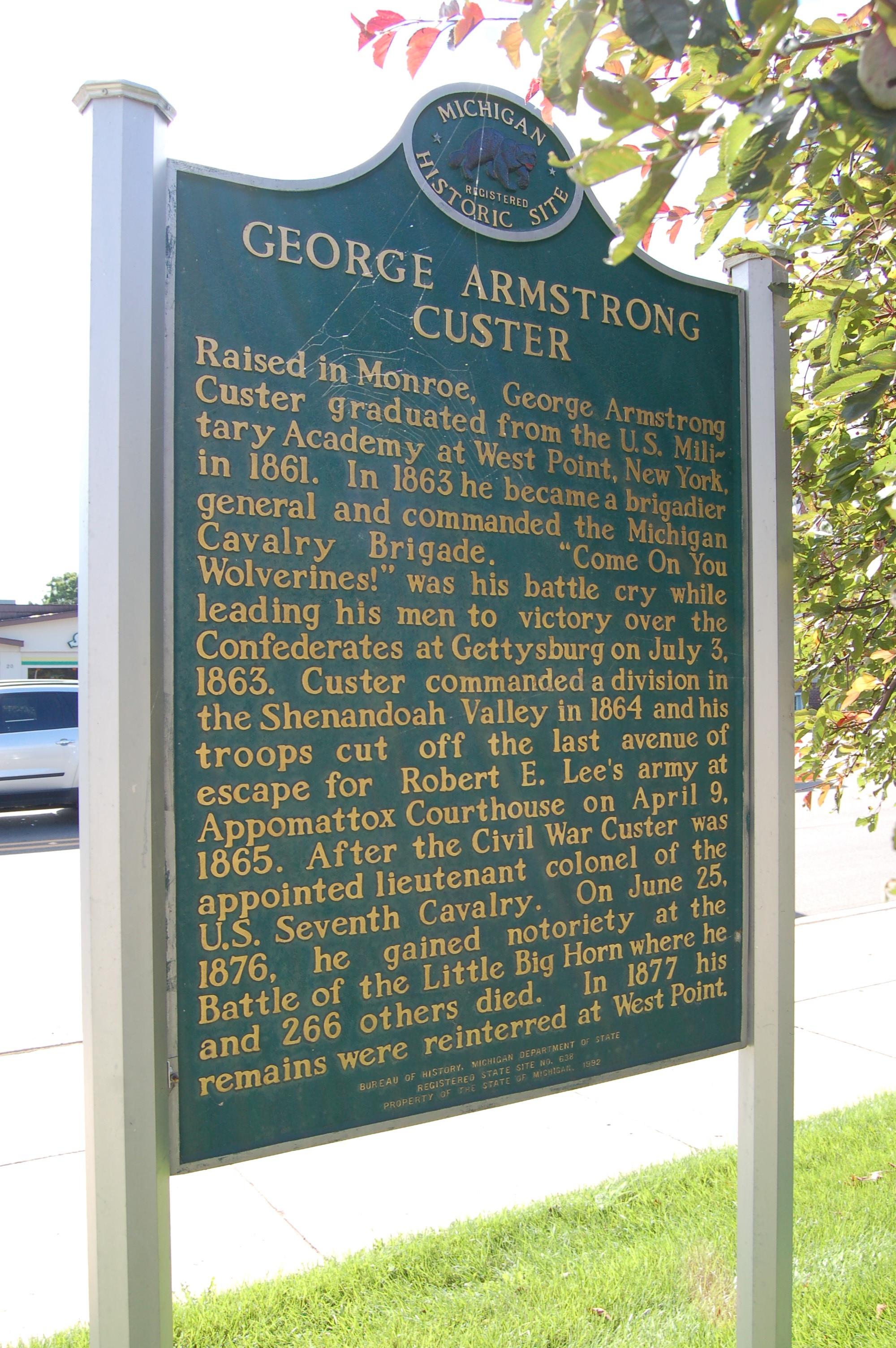Michigan Roadside Attractions: George Custer Statue in