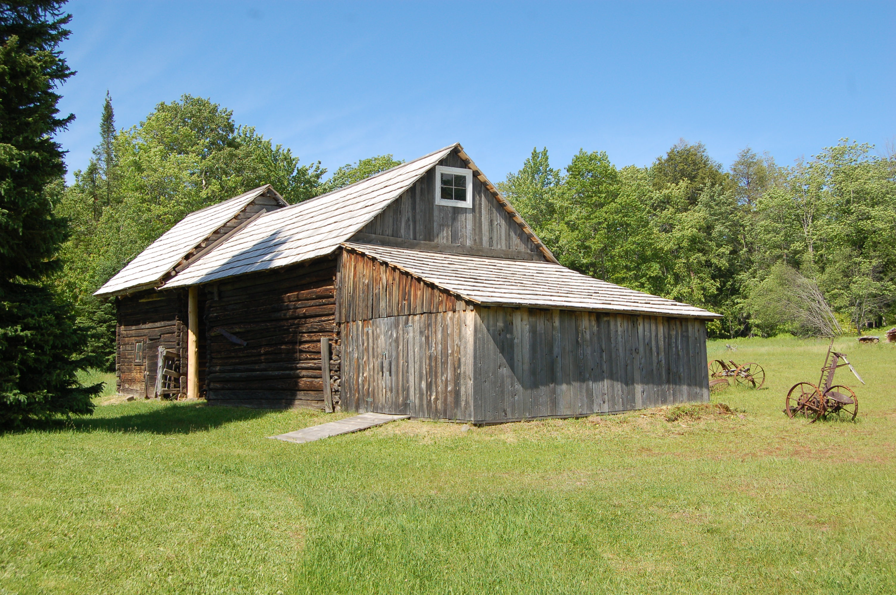 Hanka Homestead Farm house Barn