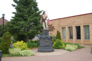 Ish Statue Ishpeming Wide View
