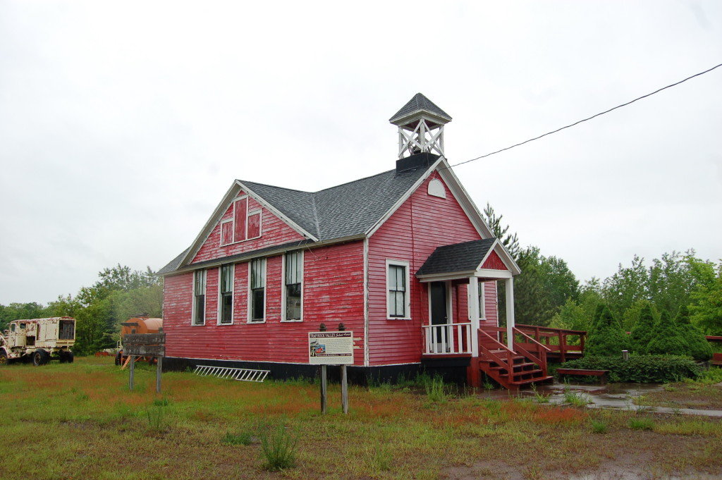 Traprock Valley Schoolhouse
