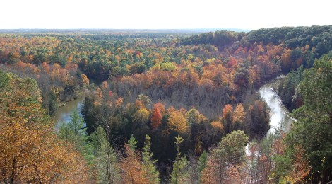 Manistee River High Rollway - Stunning Fall Views in Northern Michigan