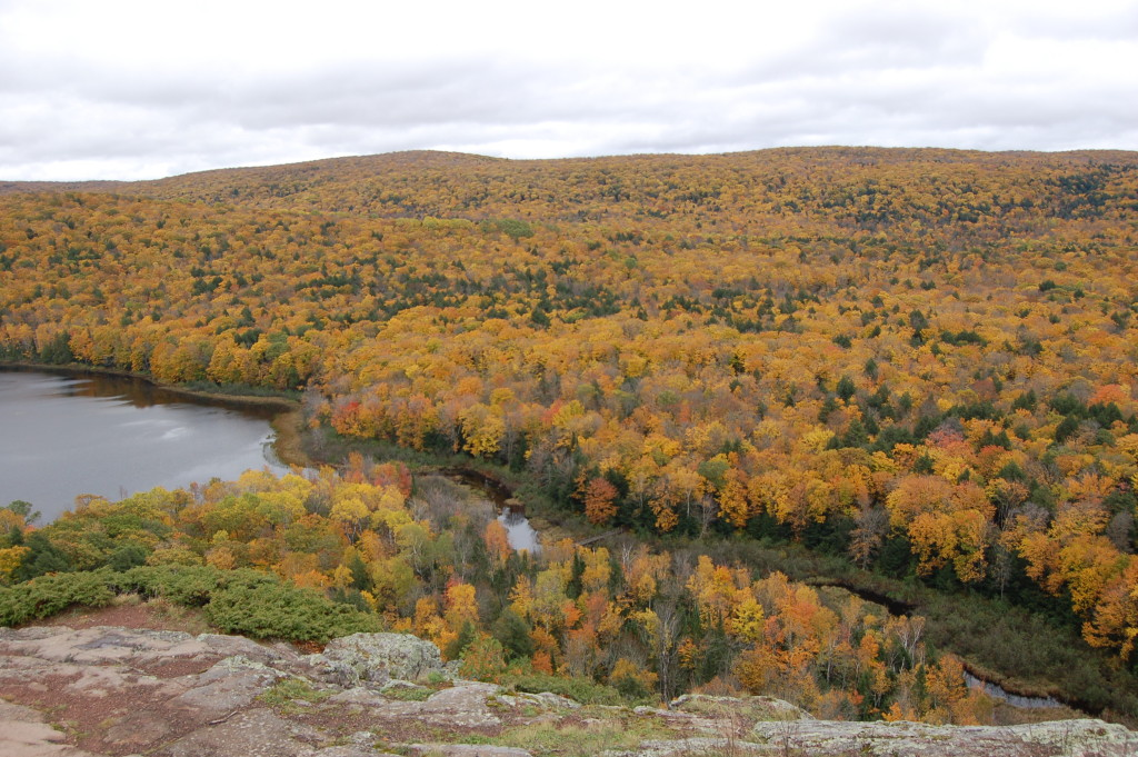 Lake of the Clouds Colorful Trees Fall 2016