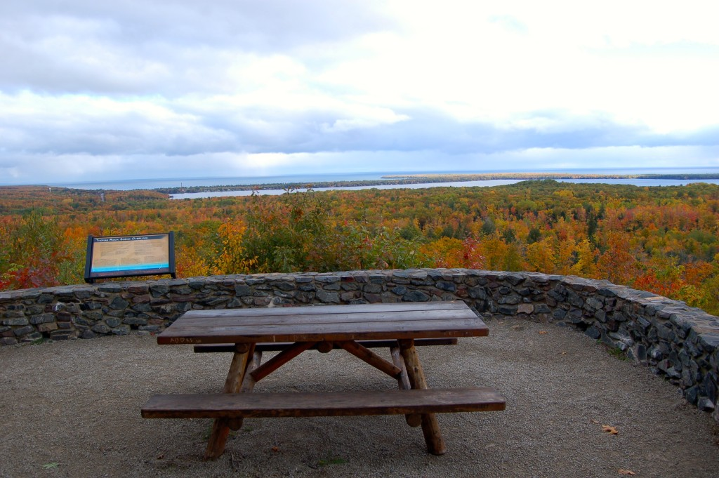 Thomas Rock Overlook MI Fall Color
