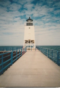 charlevoix lighthouse mi white