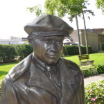 Michigan Roadside Attractions: Ernest Hemingway Statue in Petoskey