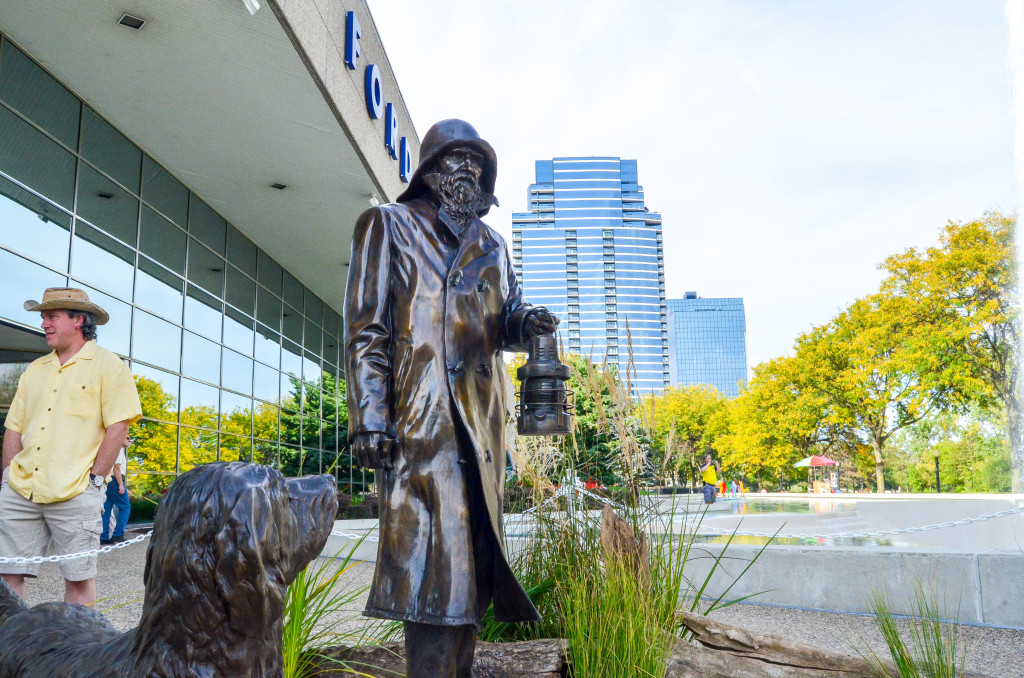 """""""Lightkeepers"""" by Andy Sacksteder, in front of Gerald R. Ford Presidential Museum"""