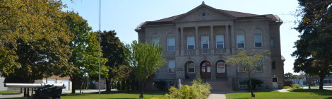 Michigan Roadside Attractions: Alpena City Hall and USS Maine Cannon