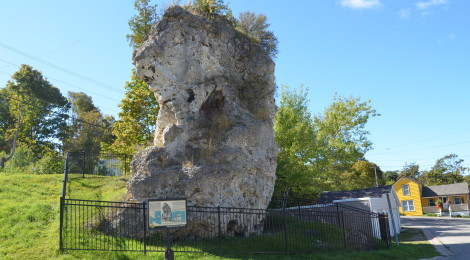 Michigan Roadside Attractions: St. Anthony's Rock, St. Ignace