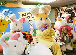 https://www.bronners.com/topic/easter-bunny-visits.do