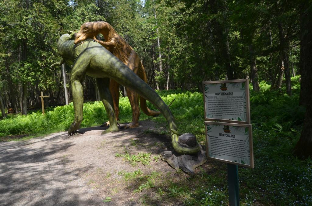 Dinosaur Gardens Corythosaurus Ceratosaurus Michigan