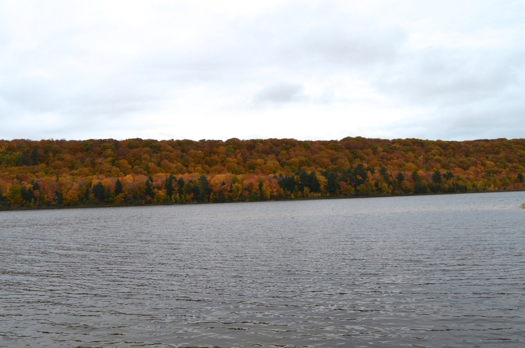 Fall Color Whitefish Bay Scenic Byway Monocle Lake Trees