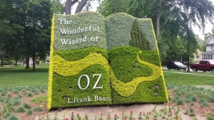 Holland Wizard of Oz Mosaic Book