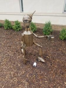 Wizard of Oz Holland Michigan Tin Man Statue